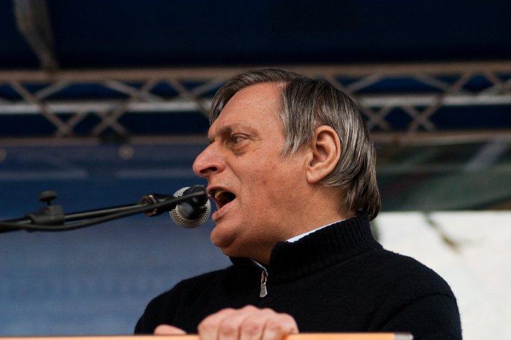 Solidarietà a Don Ciotti, contro le vili parole di Riina